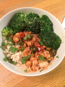 Served up here in a bowl over brown rice with some broccoli, sriracha, and cilantro!