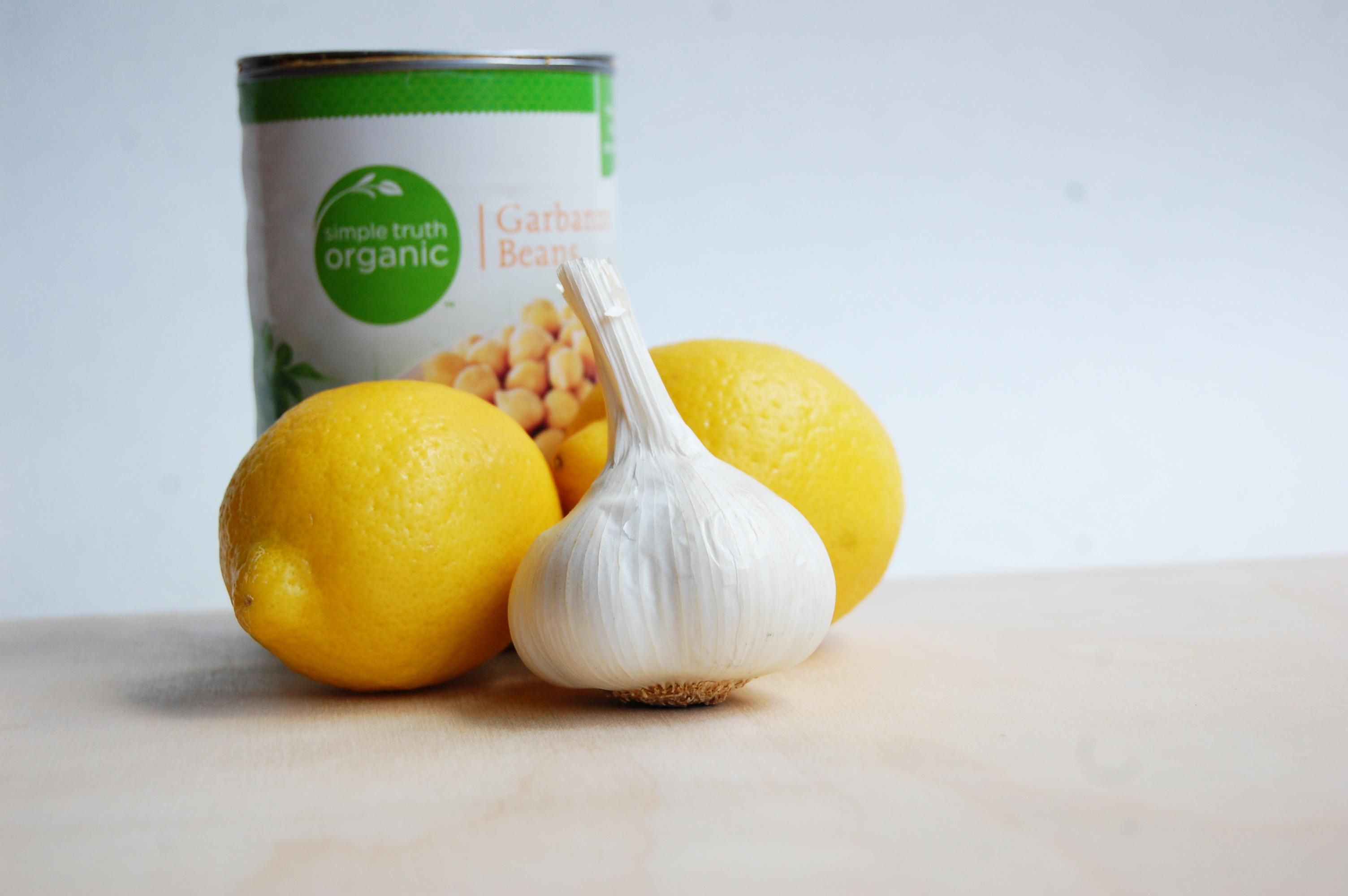 Lemon Garlic Roasted Chickpeas
