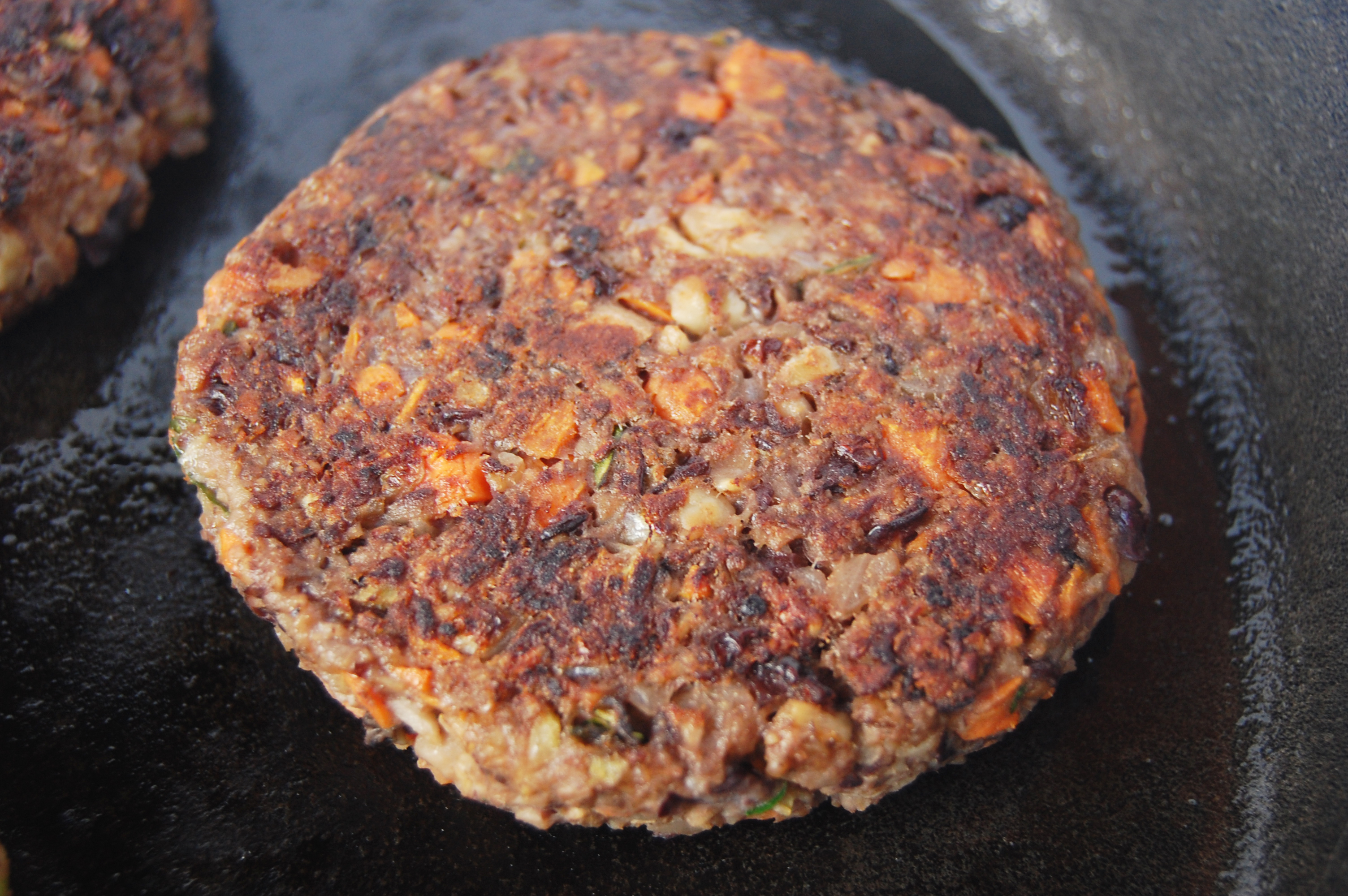 Mushroom-Veggie-Burger-3