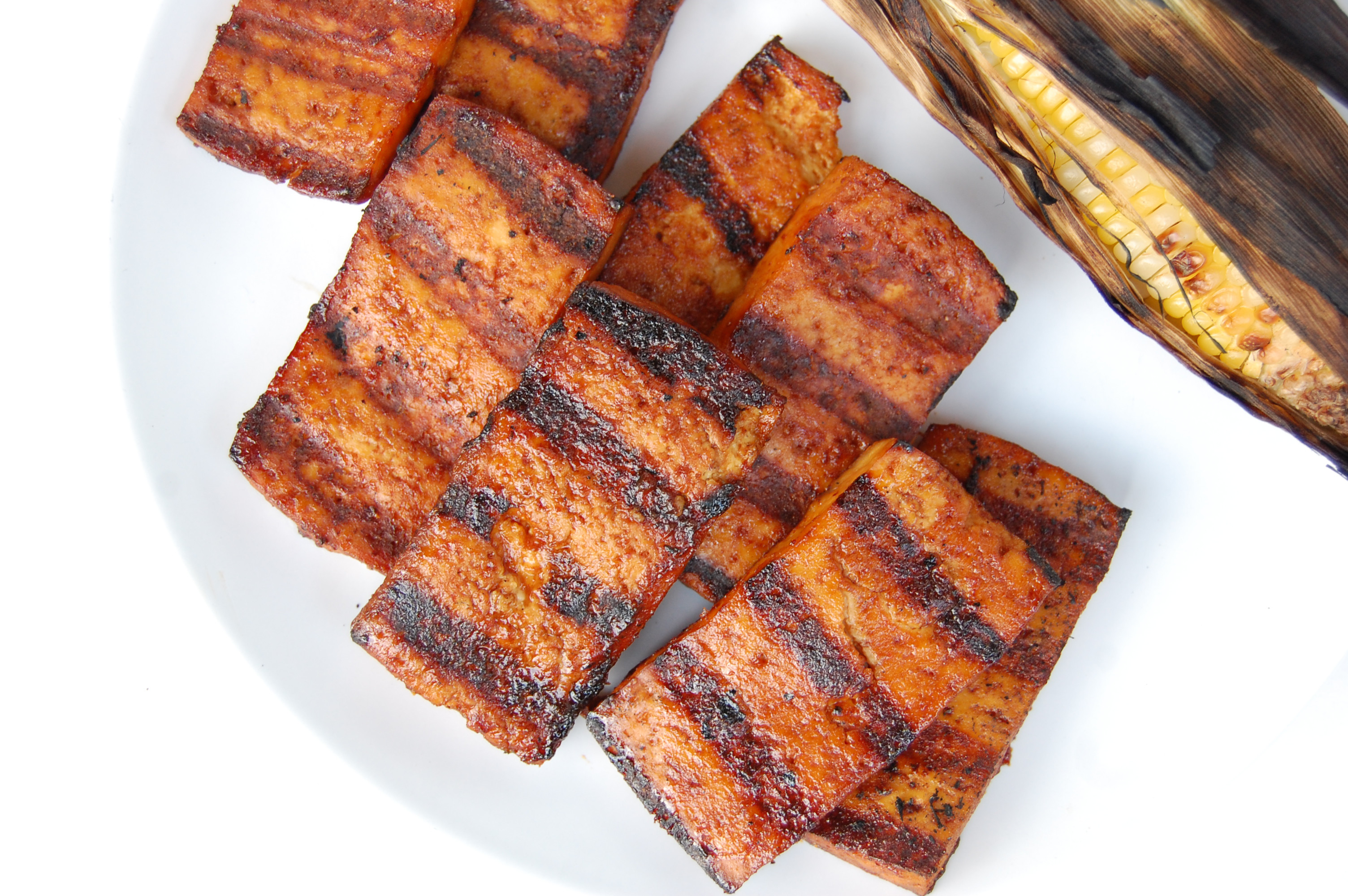 BBQ Beer Grilled Tofu | AreYouKitchenMe.com