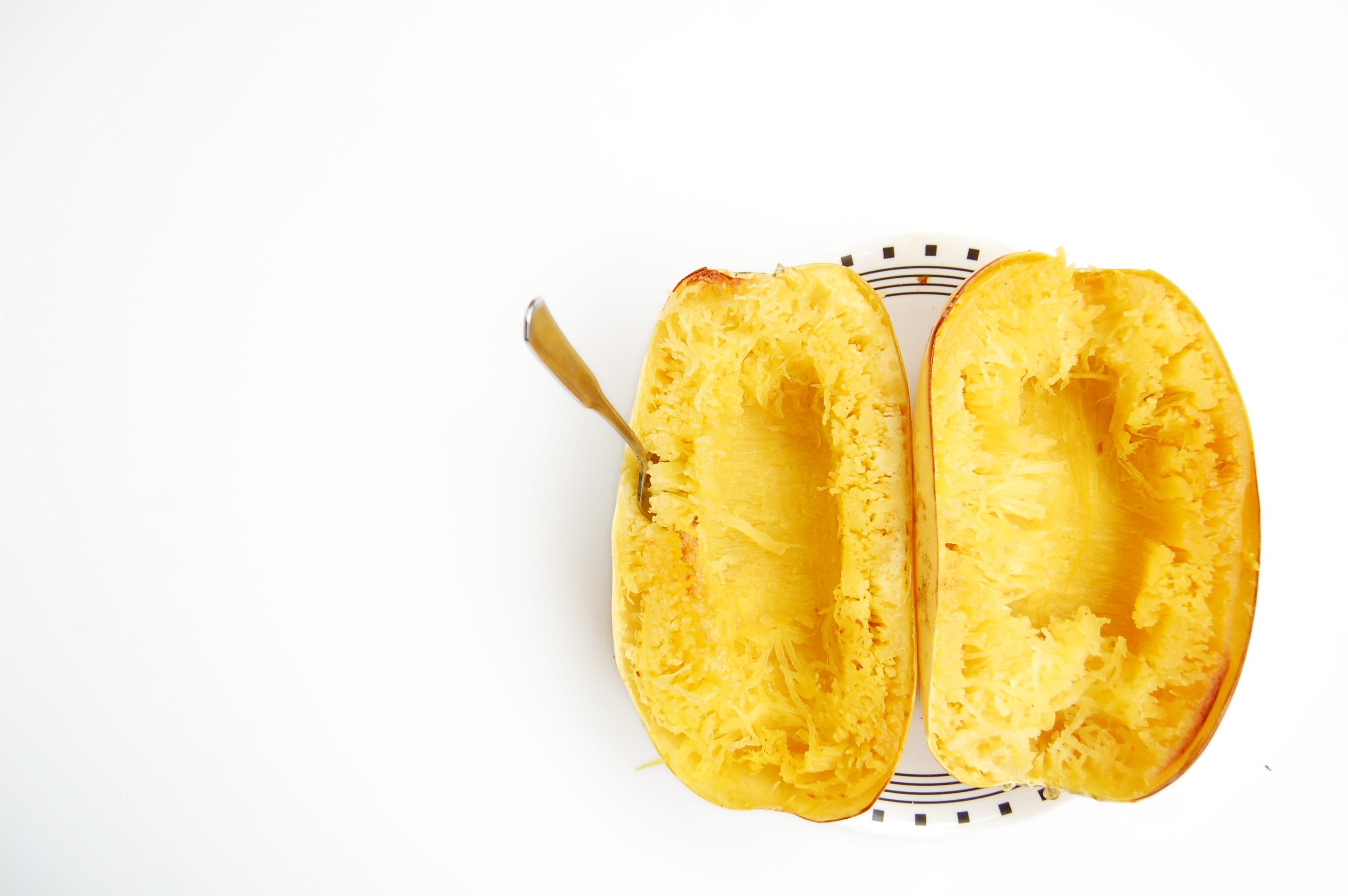 Creamy Spaghetti Squash Casserole | AreYouKitchenMe.com