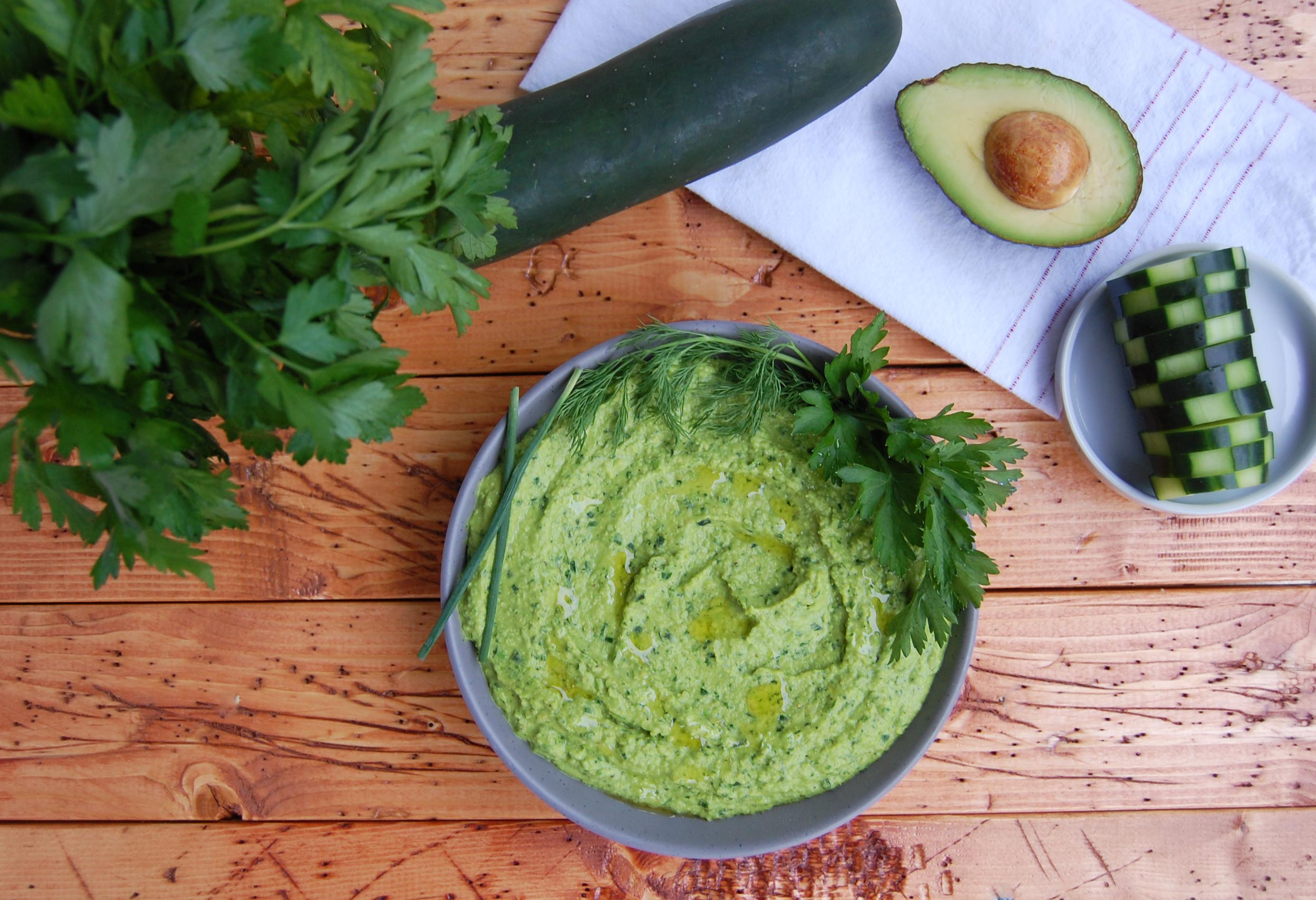 Green Goddess Hummus | AreYouKitchenMe.com