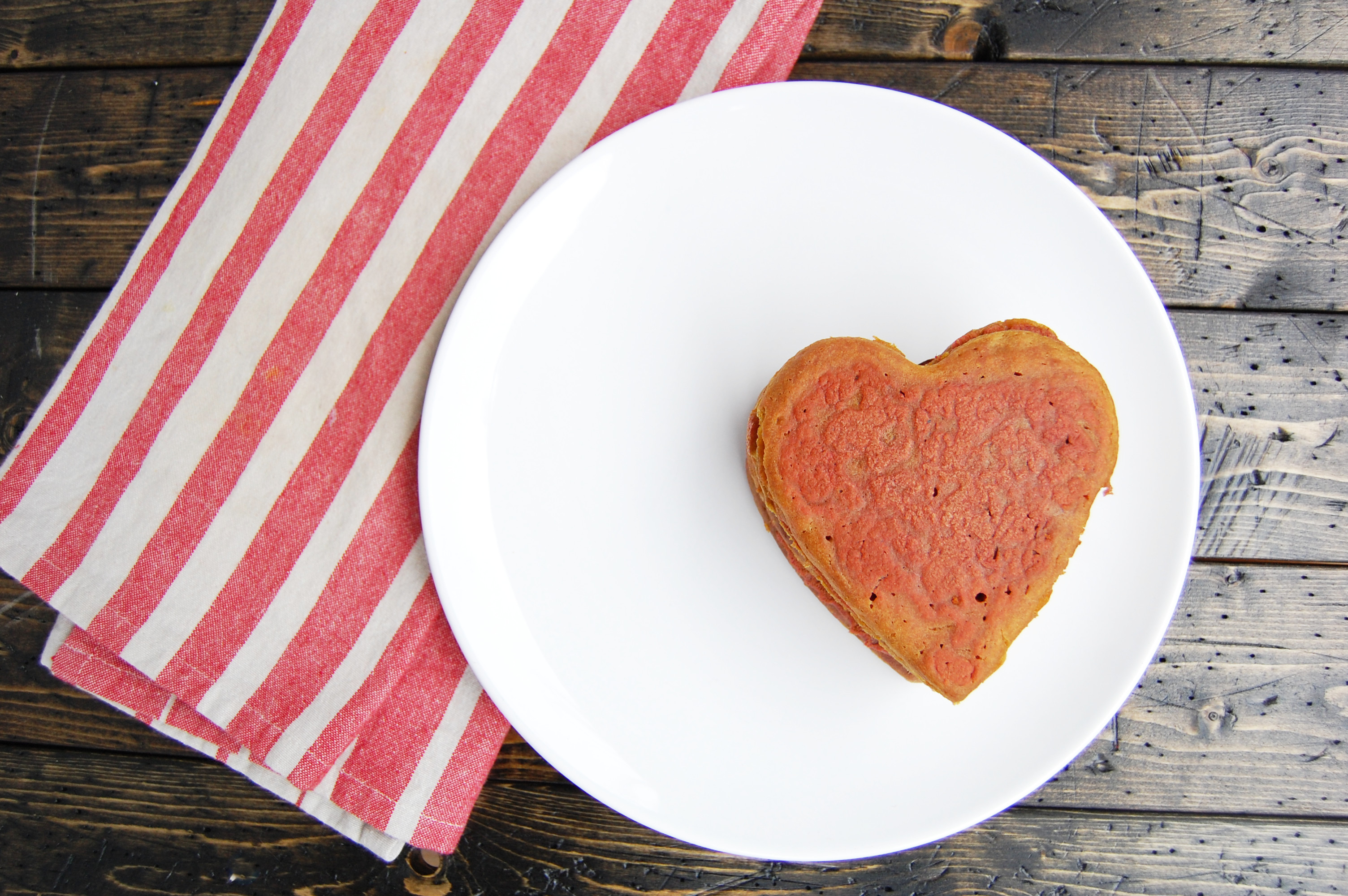 Heart Beet Pancakes | AreYouKitchenMe.com