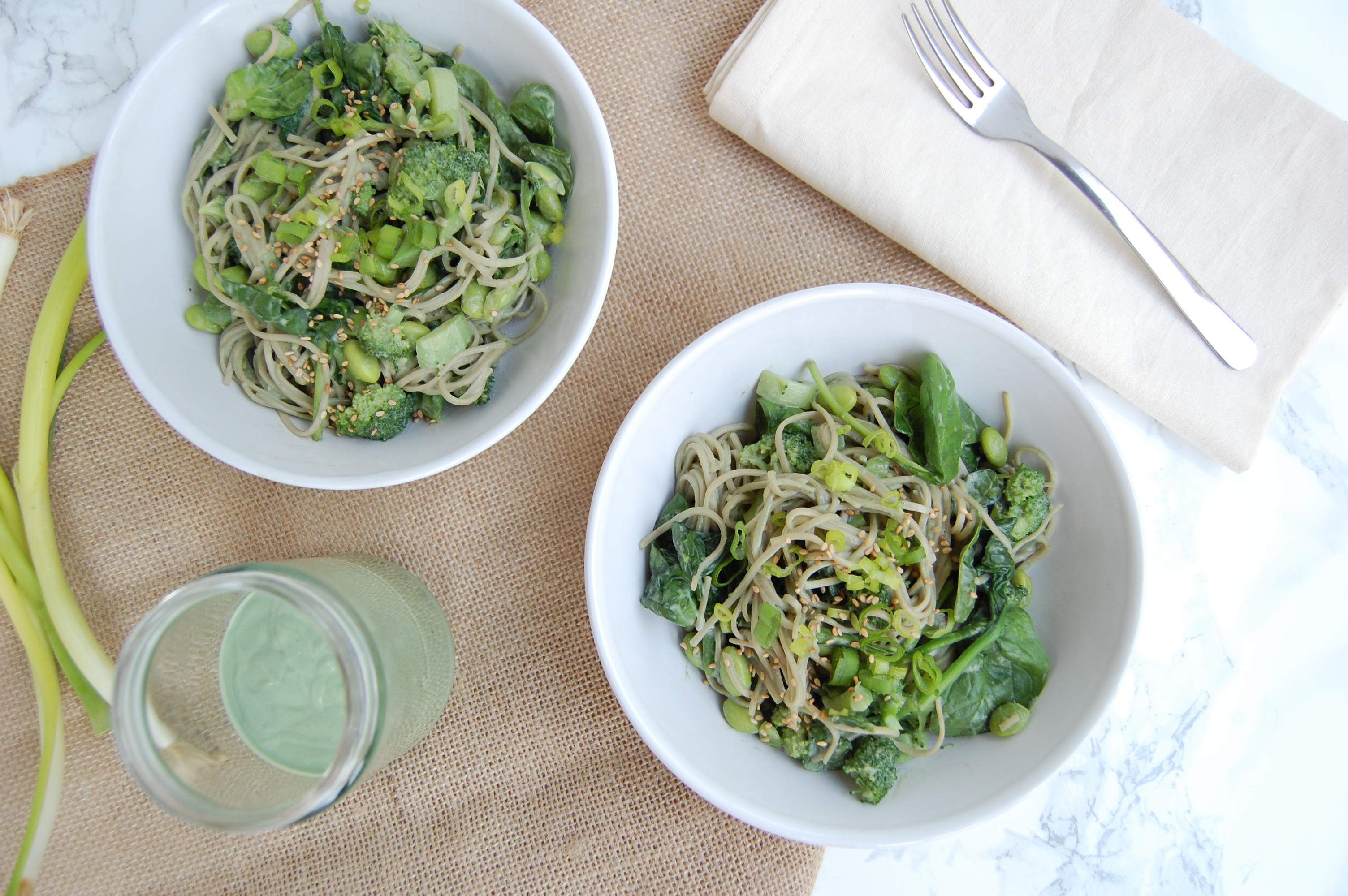 Earthy Green Soba Noodles | AreYouKitchenMe.com