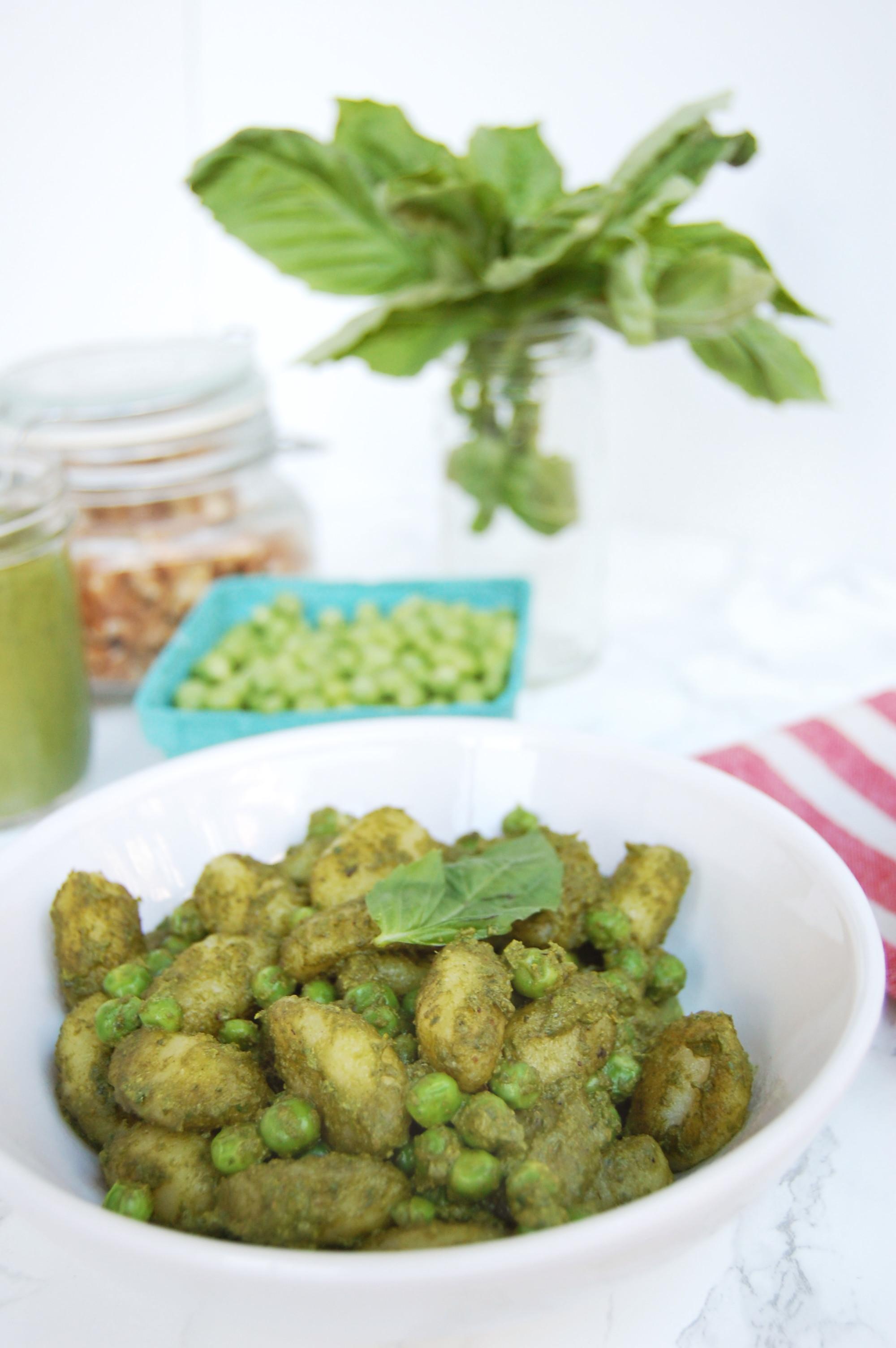 Pesto Pea Gnocchi | AreYouKitchenMe.com