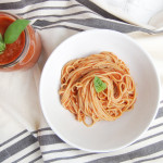 Fresh Tomato Sauce | AreYouKitchenMe.com