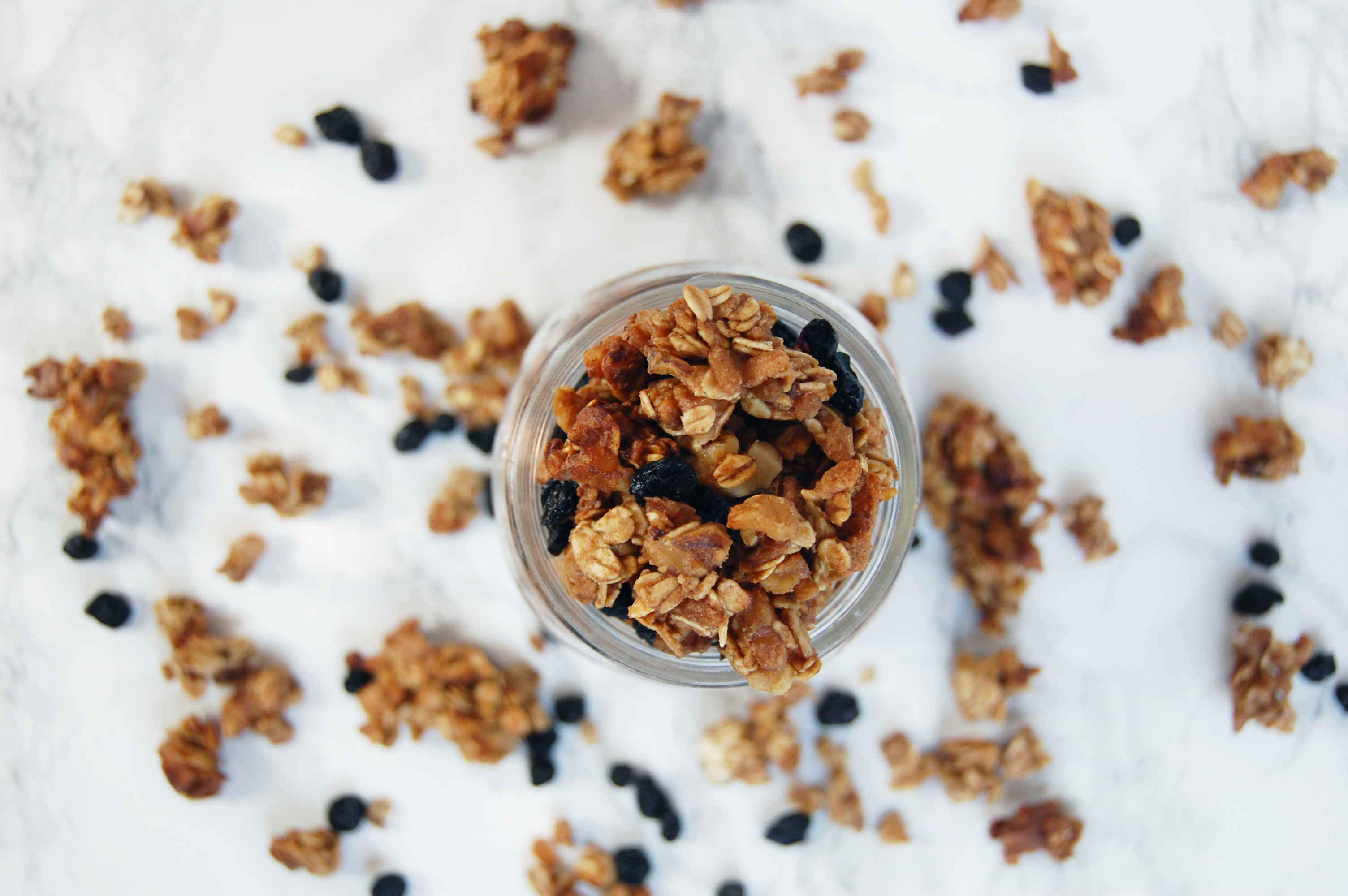 Blueberry Granola | AreYouKitchenMe.com