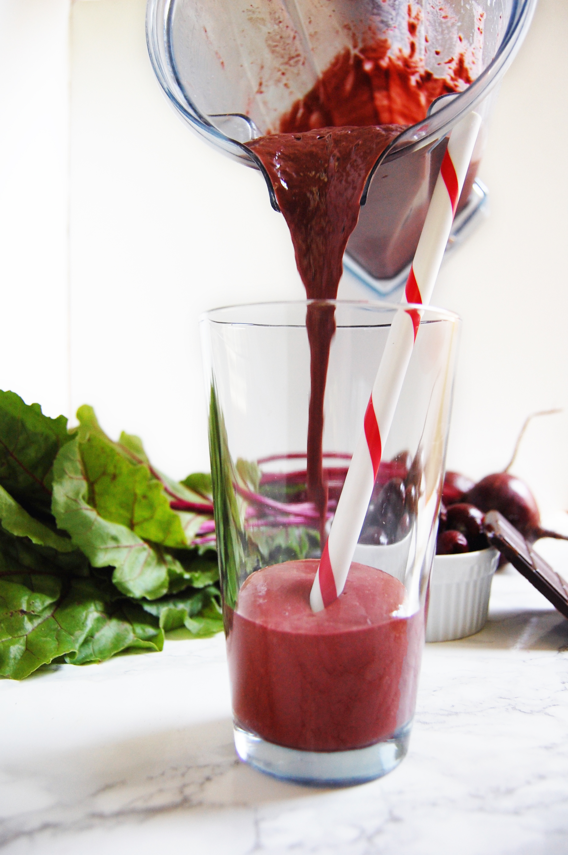 Chocolate Cherry Beet Smoothie | AreYouKitchenMe.com