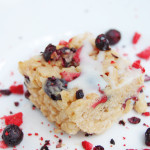 Mixed Berry Rice Cereal Bars | AreYouKitchenMe.com